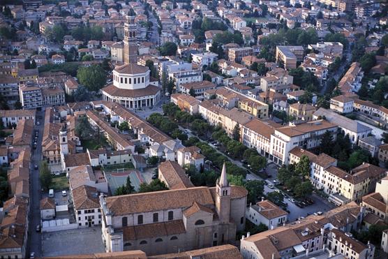 Strade e numeri civici di Rovigo e frazioni: tre mesi di mappatura del territorio